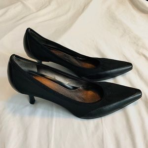 🎯 CIRCA JOAN & DAVID BLACK HEELS  SIZE 8